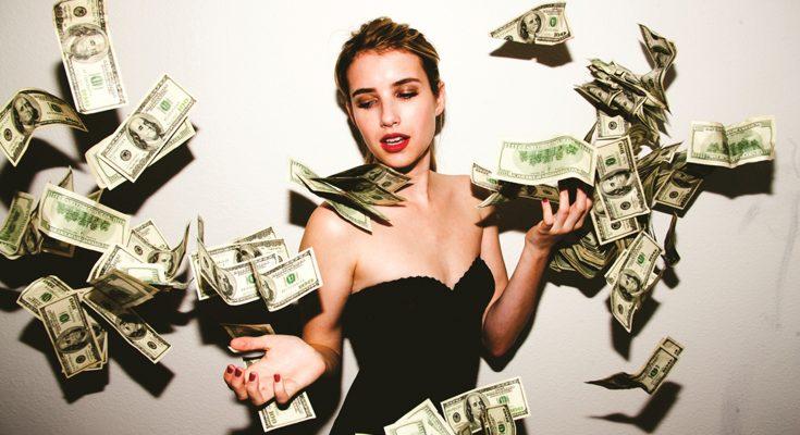 Как заработать женщине в интернете, даже если она в декрете