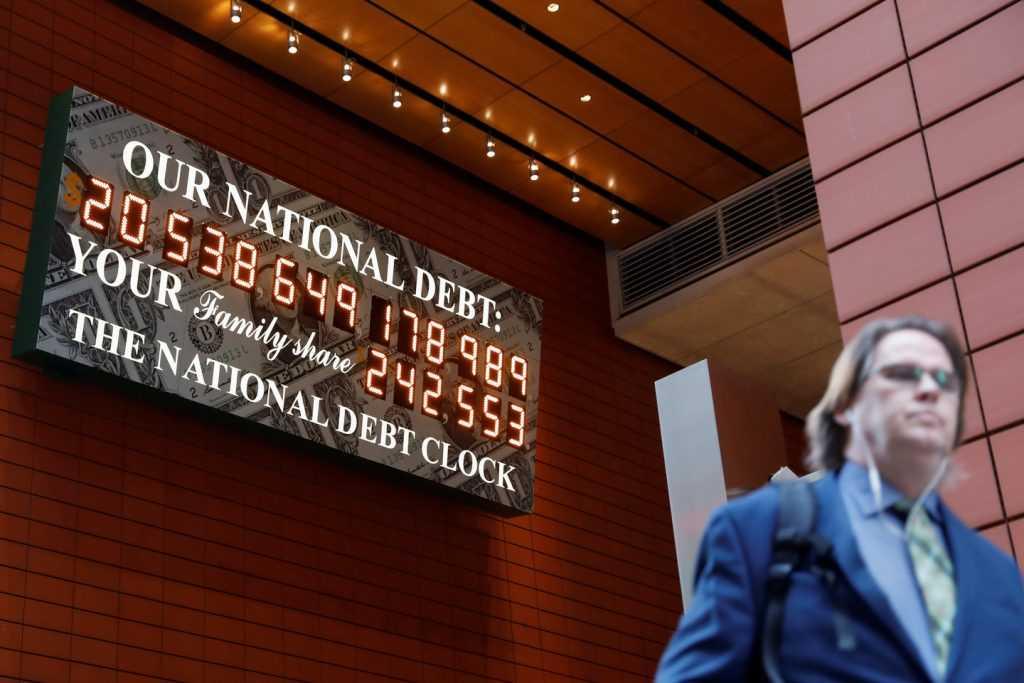 Долг США на человека